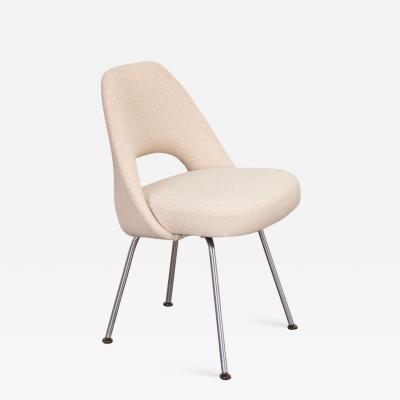 Eero Saarinen Eero Saarinen Executive Armless Chair for Knoll