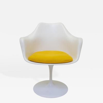 Eero Saarinen Eero Saarinen Tulip Chair