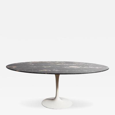 Eero Saarinen Tables