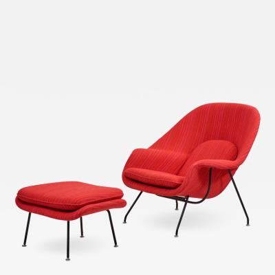 Eero Saarinen Eero Saarinen Womb Chair with Ottoman by Knoll in Knoll Dynamic Fabric