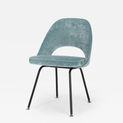 Eero Saarinen Eero Saarinen chair model 72 Knoll International