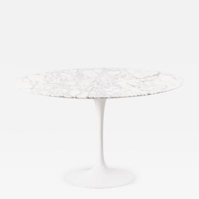 Eero Saarinen Eero Saarinen tulip dining table Knoll USA c 1957