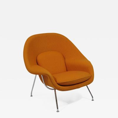 Eero Saarinen Knoll Medium Womb Chair in Orange Cato
