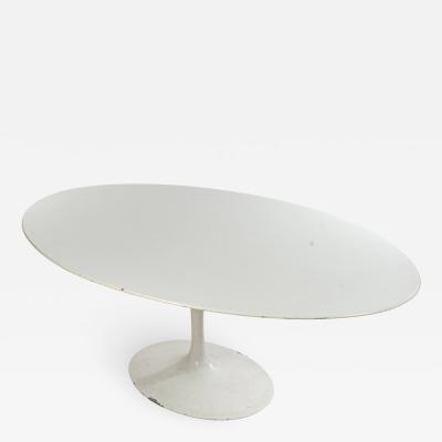 Eero Saarinen Mid Century White Oval Tulip Dining Table