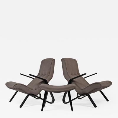 Eero Saarinen Pair of Early Eero Saarinen Grasshopper Chairs for Knoll with Rare Black Frames