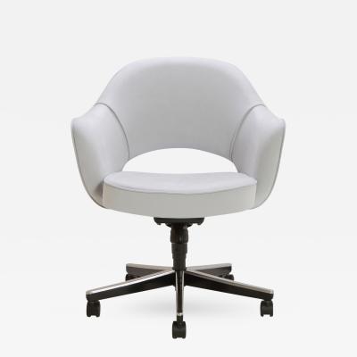 Eero Saarinen Saarinen Executive Arm Chair in Fog Luxe Suede Swivel Base