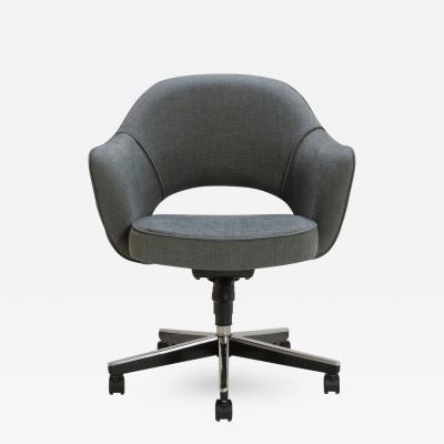 Eero Saarinen Saarinen Executive Arm Chair in Textured Charcoal Weave Swivel Base