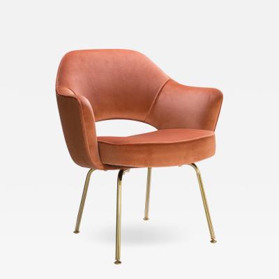Eero Saarinen Saarinen Executive Arm Chairs in Rust Velvet 24k Gold Edition