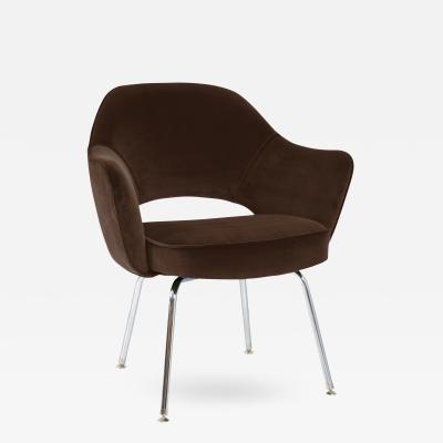 Eero Saarinen Saarinen Executive Armchair in Espresso Brown Velvet