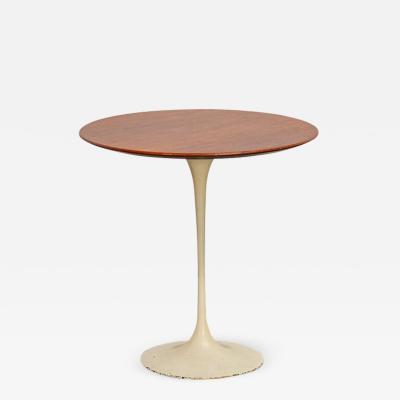 Eero Saarinen Tulip Side Table by Eero Saarinen