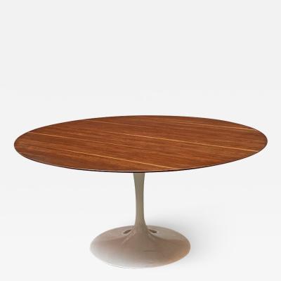 Eero Saarinen Tulip table by Eero Saarinen for Knoll 1956