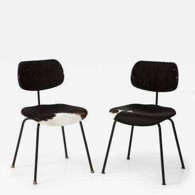 Egon Eiermann Pair of SE 68 Chairs by Egon Eiermann in Original Cowhide