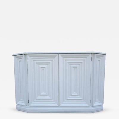Elegant Console Cabinet in White Lacquer Finish