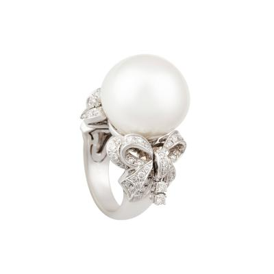 Ella Gafter Ella Gafter White South Sea Pearl and Diamond Bow Ring
