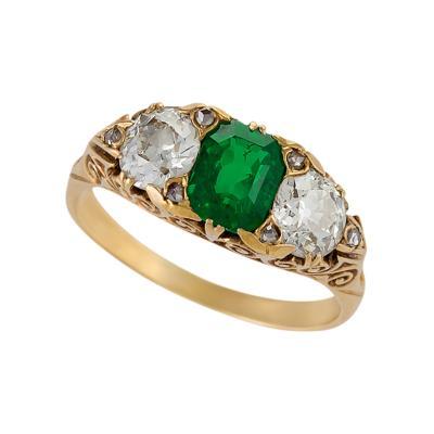 English Antique 18 Karat Gold Ring