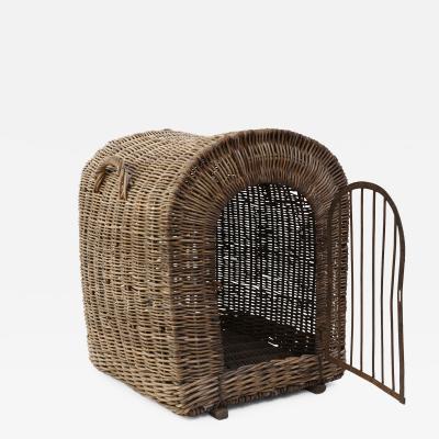 English Wicker Dog Kennel