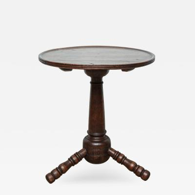 English or Welsh Turner s or Thrown Table