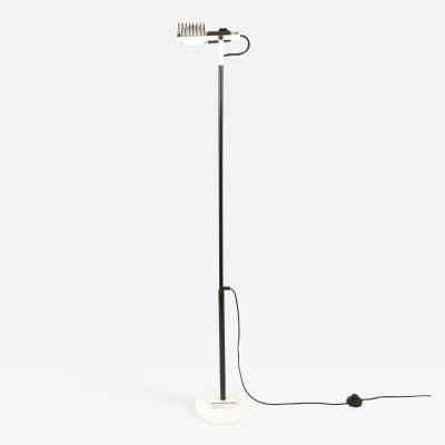 Ernesto Gismondi White and black Sintesi floor lamp by Ernesto Gismondi for Artemide 1970s