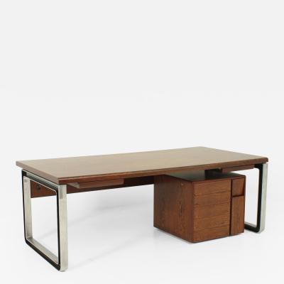Eugenio Gerli Osvaldo Borsani T333 Desk by Eugenio Gerli and Osvaldo Borsani for Tecno