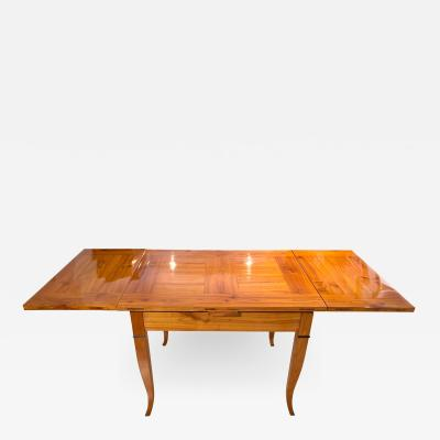 Expandable Biedermeier Table Cherry Massive South Germany circa 1820