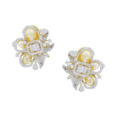 FINE RIBBON STYLE PEARL AND DIAMOND EARRINGS 18K YELLOW GOLD