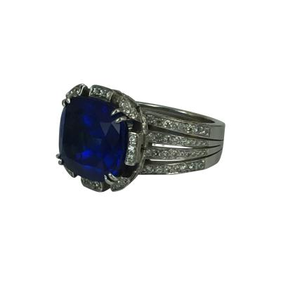 Fabulous Tanzanite Ring