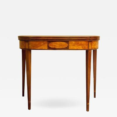 Federal Hepplewhite Gate Leg Card Table