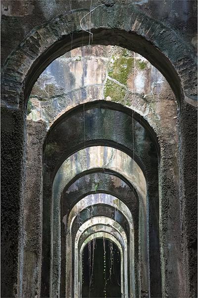 Ferrante Ferranti PISCINA MIRABILIS CAP MIS NE ITALIE Fine Art phototography