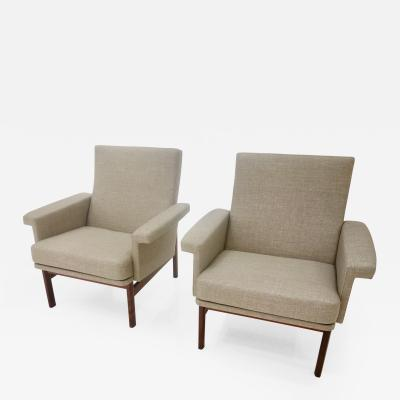 Finn Juhl A Pair Of Finn Juhl Lounge or Armchairs For France Son In Greige Fabric