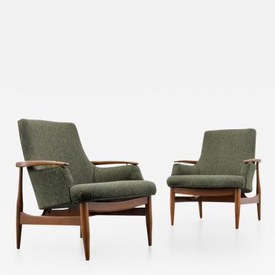 Finn Juhl Pair of Lounge Chairs in the Manner of Finn Juhl
