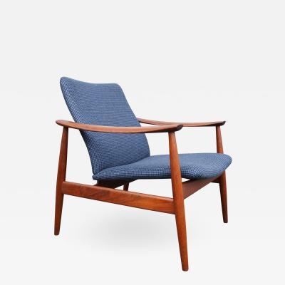 Finn Juhl Teak FD 138 Lounge Chair by Finn Juhl for France S n in Houndstooth