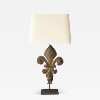 Fleur de Lis Lamp in Gilt Tole