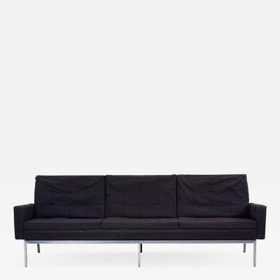 Florence Knoll Classic Sofa by Florence Knoll for Knoll International in Original Condition