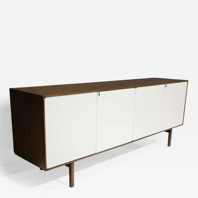 Florence Knoll Florence Knoll Early Sideboard Credenza in Walnut Model 541