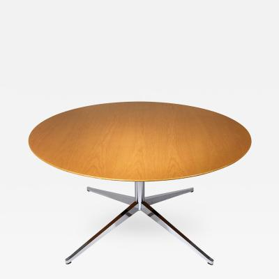 Florence Knoll Mid Century Modern style Dining Table by Florence Knoll International