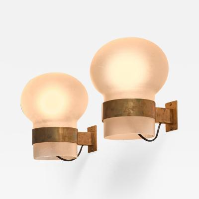 Fontana Arte Fontana Arte Pair of Wall Sconces Frosted Glass Shades with Brass Italy 1960s