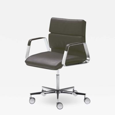 Francesc Rif Onna L Confort Executive Chair by Francesc Rif for JMM
