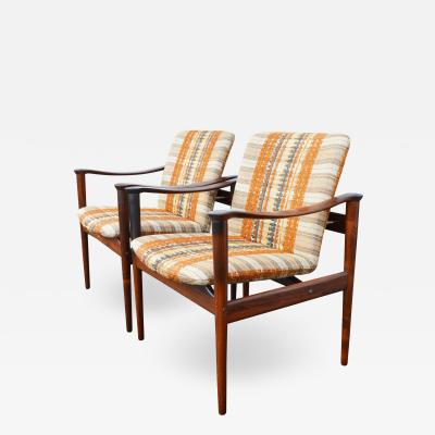 Fredrik Kayser Pair Fredrik Kayser Rosewood 710 Lounge Chairs