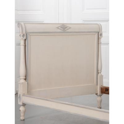 French 19th Century Directoire Painted Twin Bed