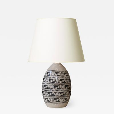 French Art Deco table lamp with scrolling pattern