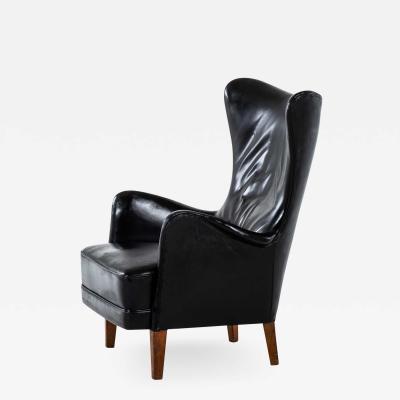 Frits Henningsen Easy Chair Produced by Cabinetmaker Frits Henningsen in Denmark