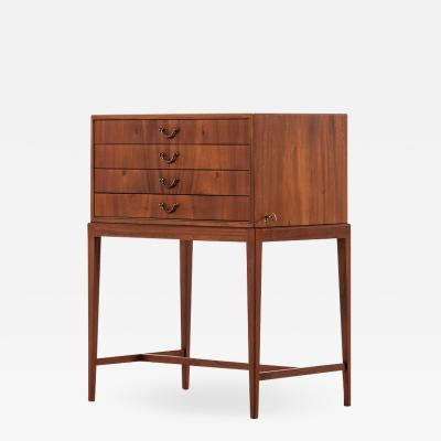 Frits Henningsen Frits Henningsen Side Table