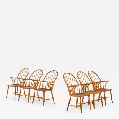 Frits Henningsen Windsor Dining Chairs Model CH 18A Produced by Carl Hansen S n