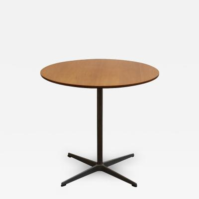 Fritz Hansen 1960 Pedestal Table by Fritz Hansen