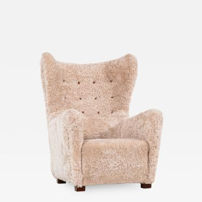 Fritz Hansen Easy Chair Model 1672 Produced by Fritz Hansen in Denmark