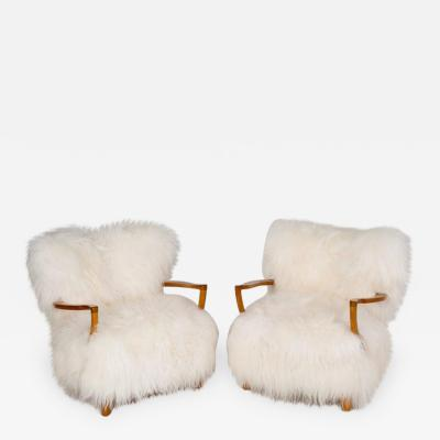 Fritz Schlegel Fritz Schlegel attributed Pair of Easy Chairs in sheepskin and oak