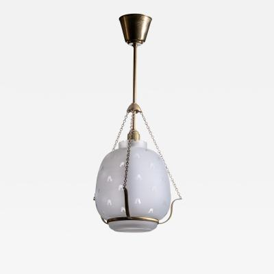 Frosted glass pendant lamp in brass frame