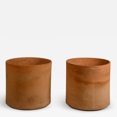 Gainey Ceramics Pair of Huge Unglazed Architectural Terracotta Planters by Gainey Ceramics