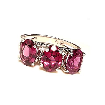 Gemjunky 3 Stone Sparkling Three Oval Rhodolite Garnet Ring of Sterling Silver