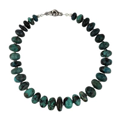 Gemjunky Graduated Turquoise Rondelles with Silver tone Flutters Necklace